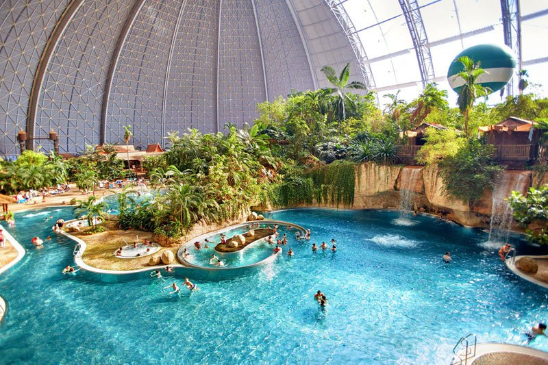 AD-Tropical-Islands-Resort-The-Giant-Waterpark-Inside-An-Old-German-Airship-Hangar-29