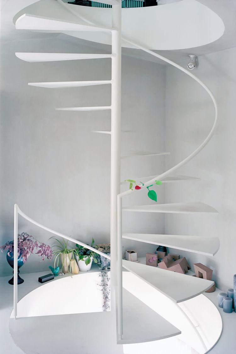 AD-Breathtaking-Spiral-Staircase-Designs-31
