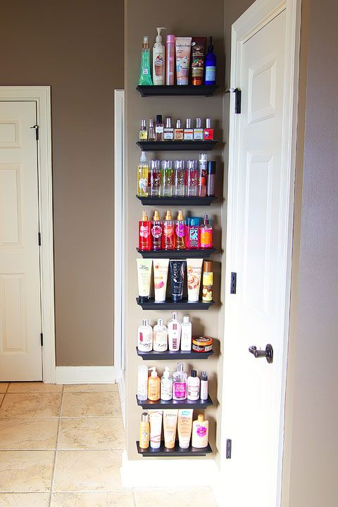 AD-Brilliant-DIY-Storage-And-Organization-Hacks-For-Small-Bathrooms-30
