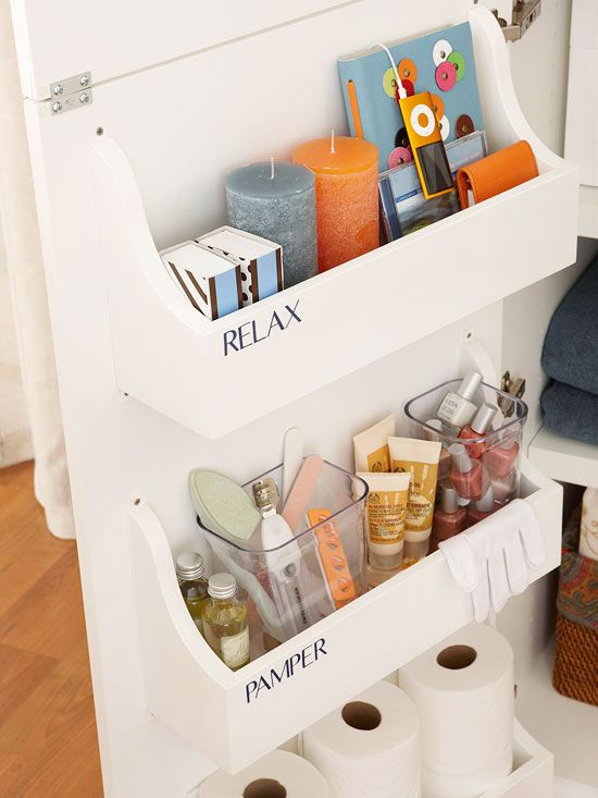 AD-Brilliant-DIY-Storage-And-Organization-Hacks-For-Small-Bathrooms-32