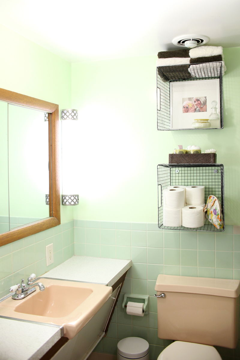 Diy Shelves For Small Bathrooms