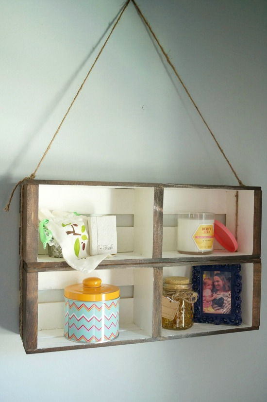AD-Container-Project-Ideas-To-Completely-Declutter-Your-Home-24