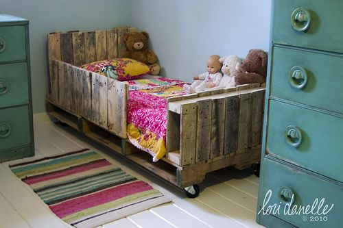40 creative pallet furniture diy ideas and projects ad creative pallet furniture diy ideas and projects solutioingenieria Images