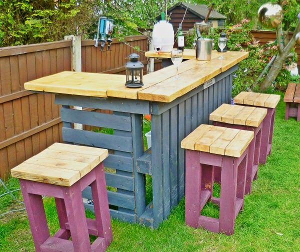 AD-Creative-Pallet-Furniture-DIY-Ideas-And-Projects-23