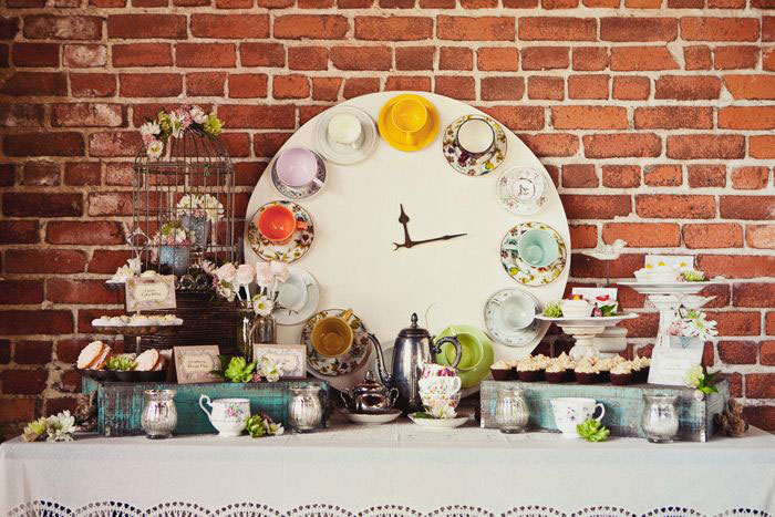 AD-DIY-Repurpose-Old-Kitchen-Stuff-35