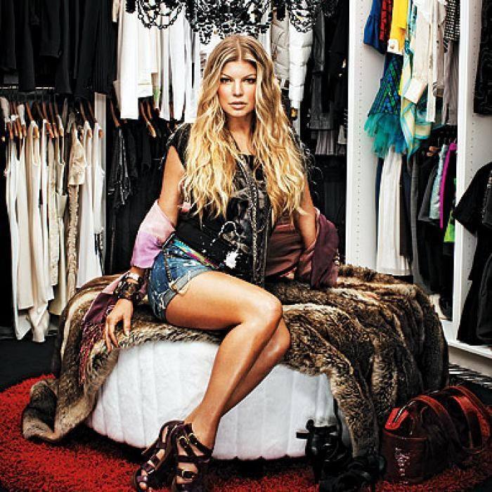 AD-Extravagant-Celebrity-Closets-13
