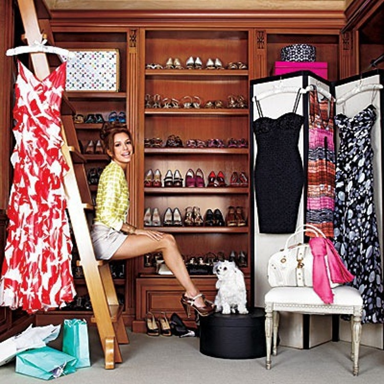 AD-Extravagant-Celebrity-Closets-14