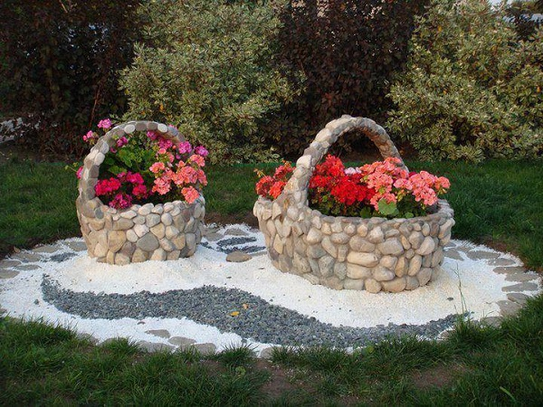 ad garden ideas with pebbles 01 - Garden Design Using Stones