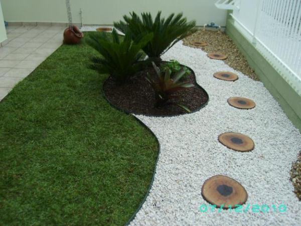 AD Garden Ideas With Pebbles 03