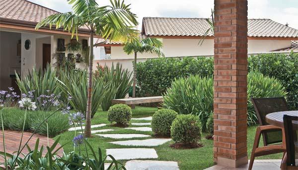 AD-Garden-Ideas-With-Pebbles-04