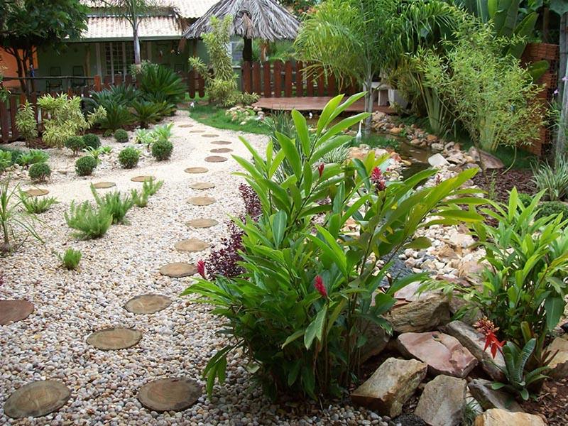 AD Garden Ideas With Pebbles 15