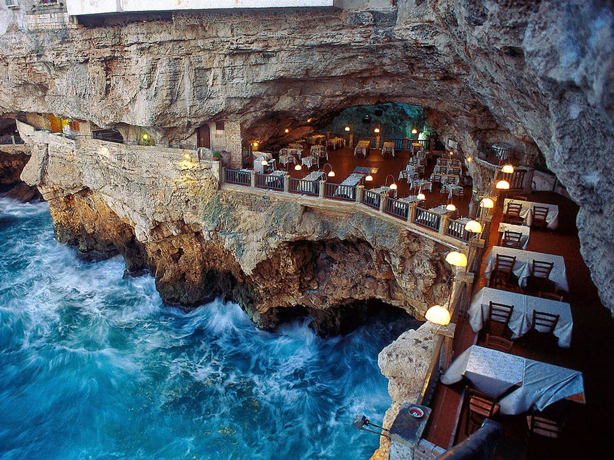 AD-Italian-Cave-Restaurant-Grotta-Palazzese-In-The-Town-Of-Polignano-Mare-01