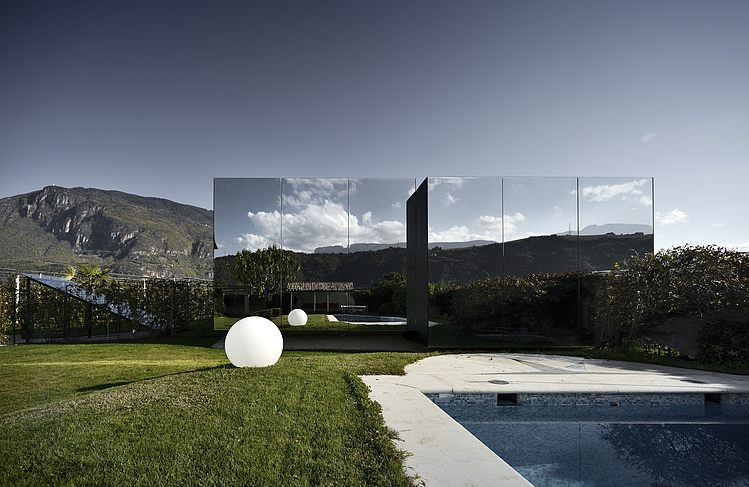 AD-Mirror-Houses-by-Peter-Pichler-Architecture-02