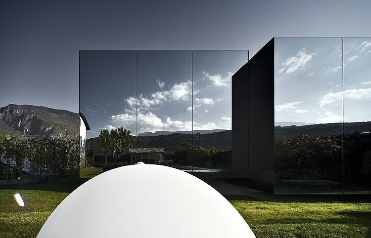 AD-Mirror-Houses-by-Peter-Pichler-Architecture-03