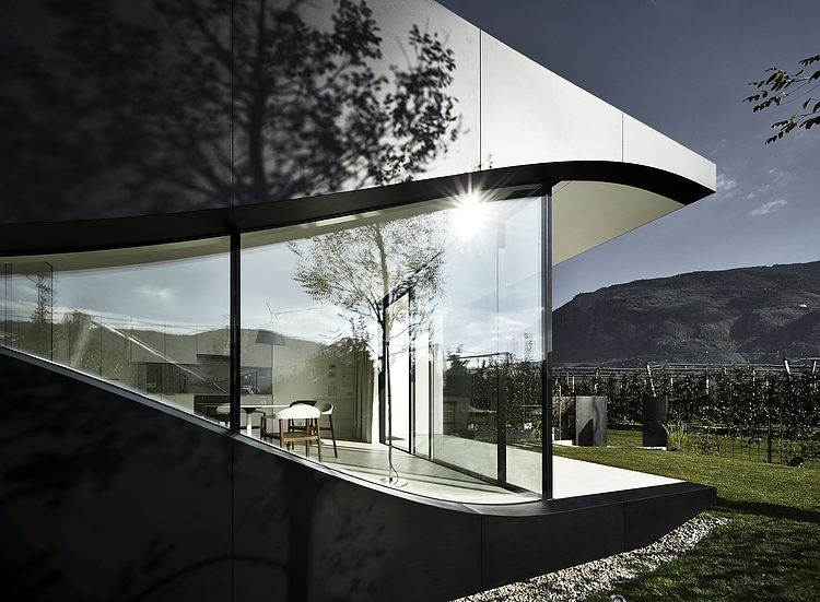 AD-Mirror-Houses-by-Peter-Pichler-Architecture-06