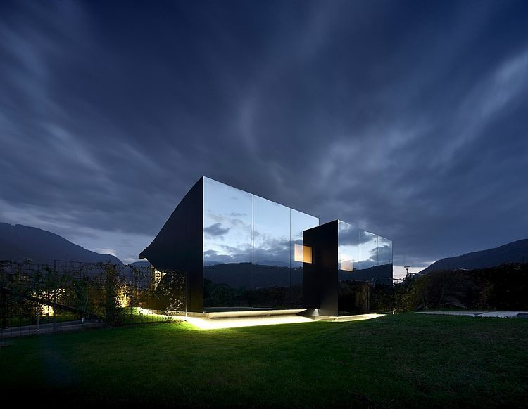 AD-Mirror-Houses-by-Peter-Pichler-Architecture-24