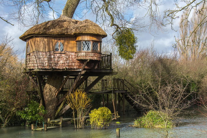 AD-The-Most-Beautiful-Treehouses-From-All-Over-The-World-03
