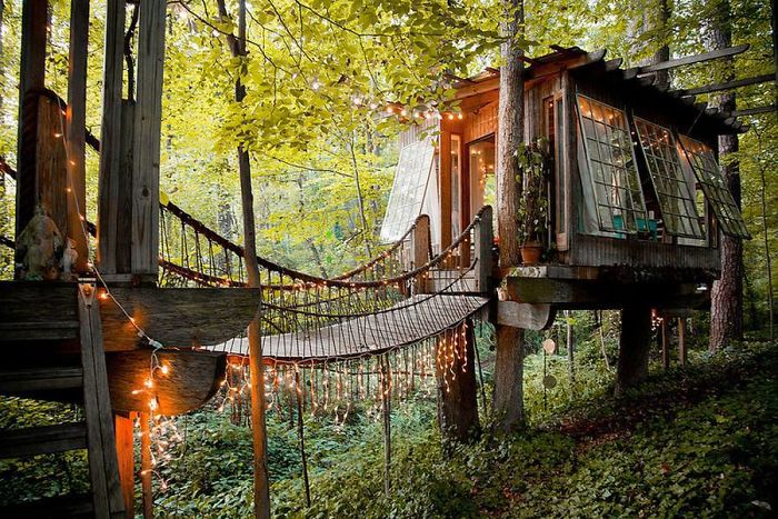 AD-The-Most-Beautiful-Treehouses-From-All-Over-The-World-05