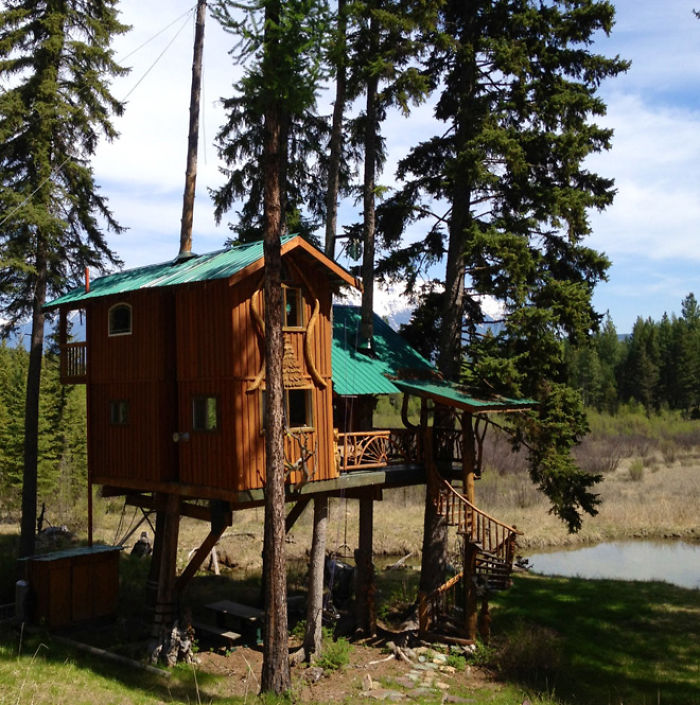 AD-The-Most-Beautiful-Treehouses-From-All-Over-The-World-33