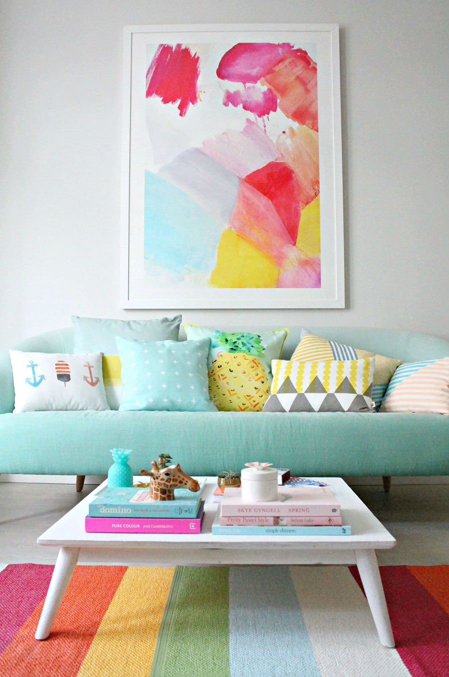 AD-Top-Lively-Rainbow-Decor-Ideas-That-Will-Cheer-You-Up-01