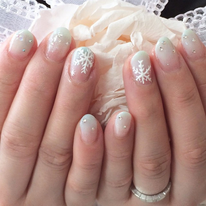 35 winter inspired nail designs that are as beautiful as freshly ad winter inspired nail designs 18 prinsesfo Gallery