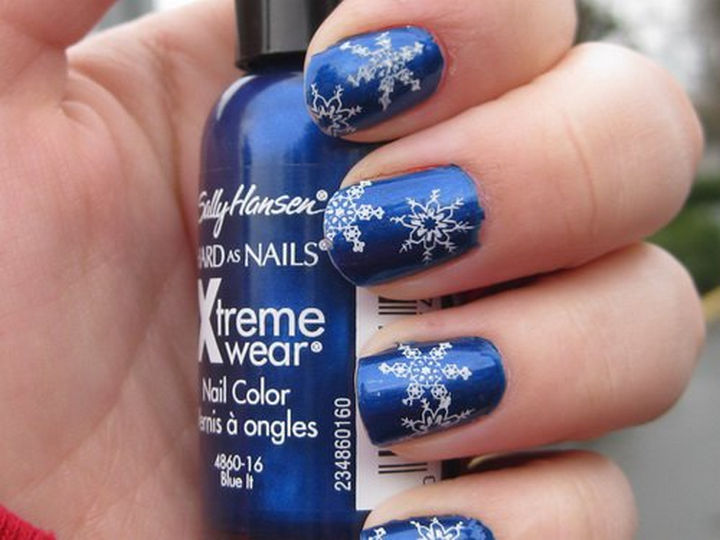 35+ Winter Inspired Nail Designs That Are As Beautiful As Freshly ...