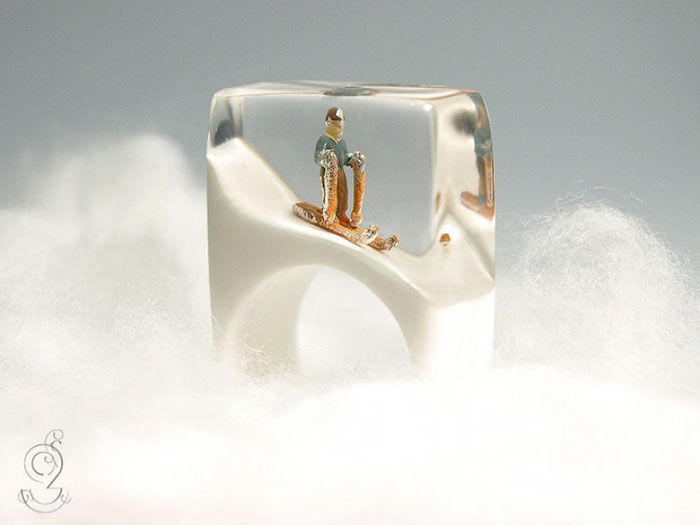 AD-Miniature-Scenes-Inside-Jewelry-By-Isabell-Kiefhaber-03