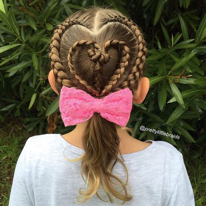 AD-Mom-Braids-Unbelievably-Intricate-Hairstyles-Every-Morning-Before-School-09