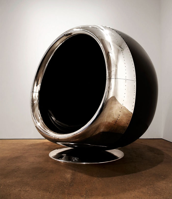 AD-Boeing-737-Jet-Engine-Chair-Cowling-Fallen-Furniture-02