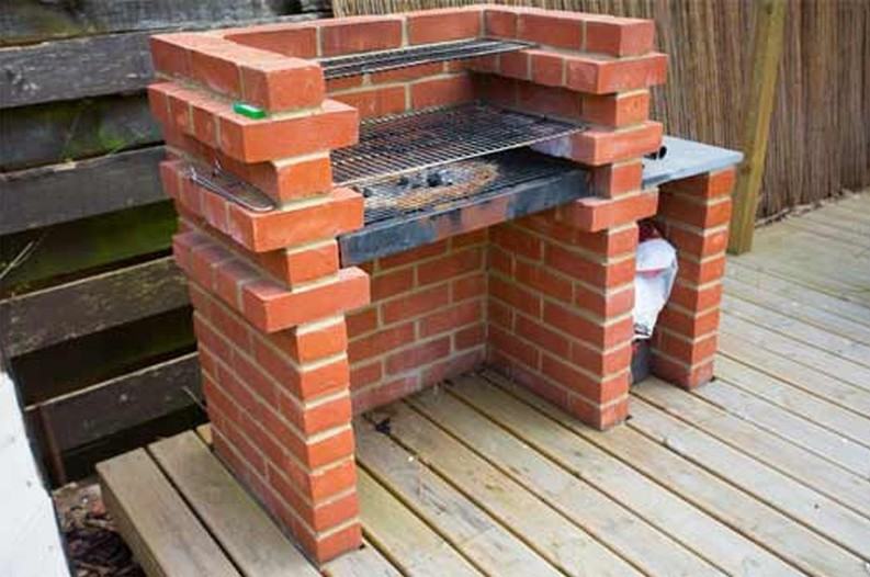 AD-DIY-Backyard-Brick-Barbeqcue-06-1
