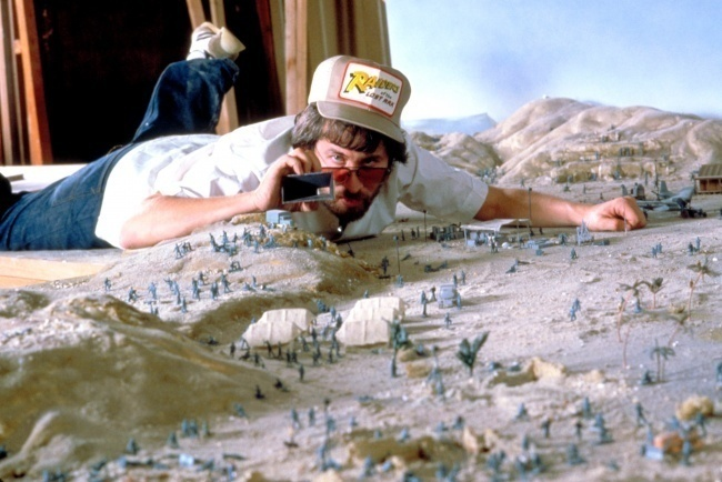 AD-Famous-Movie-Scenes-That-Were-Actually-Amazing-Miniature-Models-23