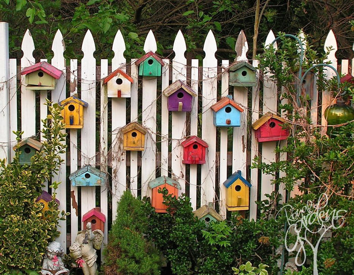 AD Garden Fence Decor Ideas 02