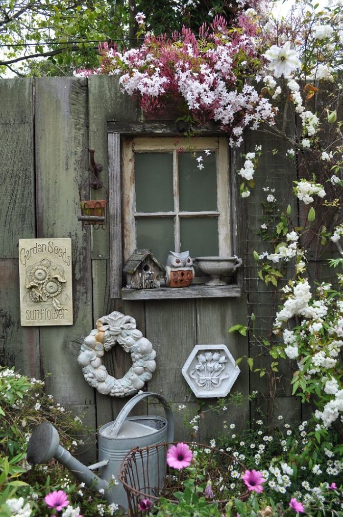 AD-Garden-Fence-Decor-Ideas-04