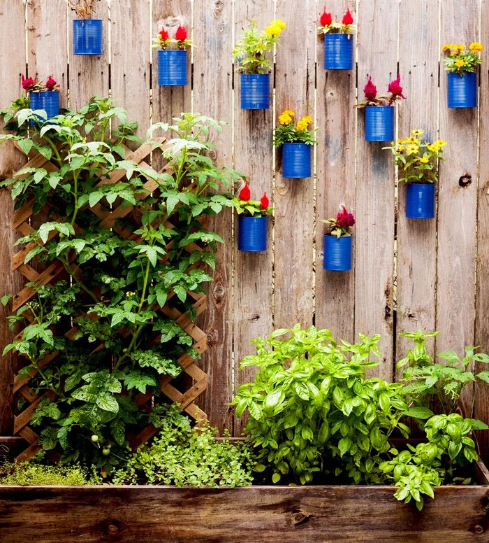 Elegant Tin Can Fence Decor