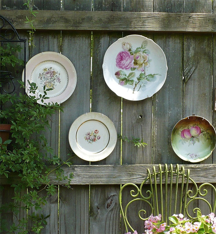 AD-Garden-Fence-Decor-Ideas-50