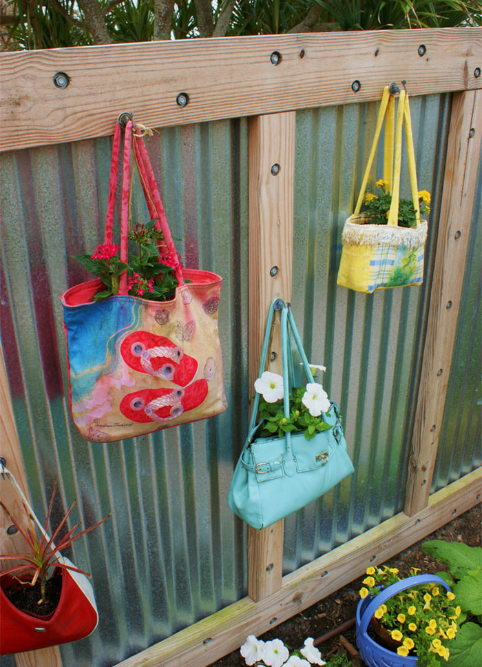 AD-Garden-Fence-Decor-Ideas-53