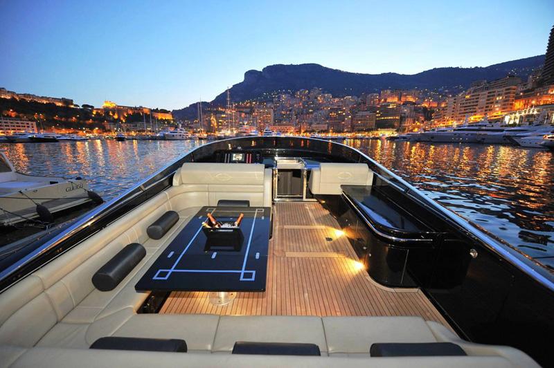 AD Magnum Yacht 02