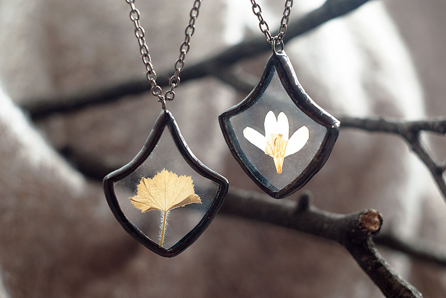 AD-Pressed-Flower-Leaf-Jewelry-Stained-Glass-Wwheart-08