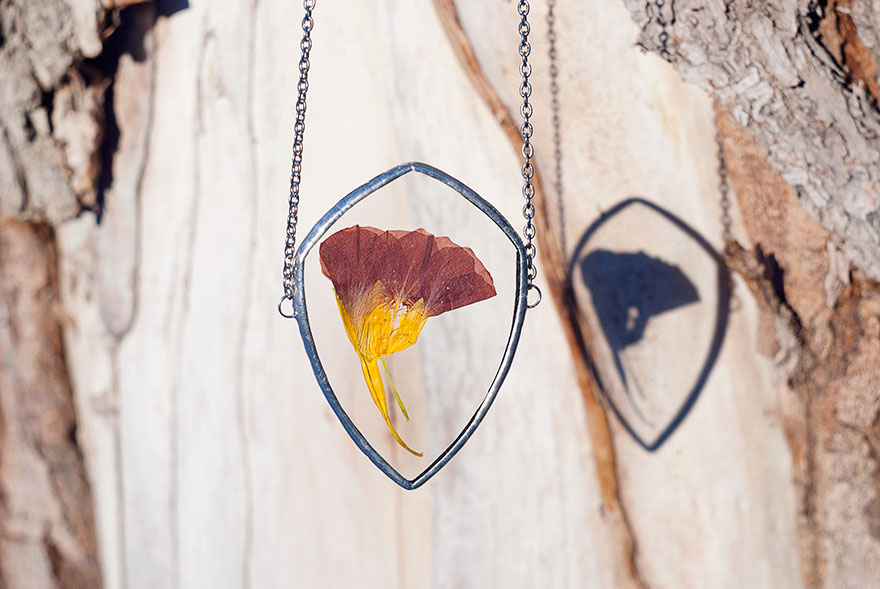 AD-Pressed-Flower-Leaf-Jewelry-Stained-Glass-Wwheart-16