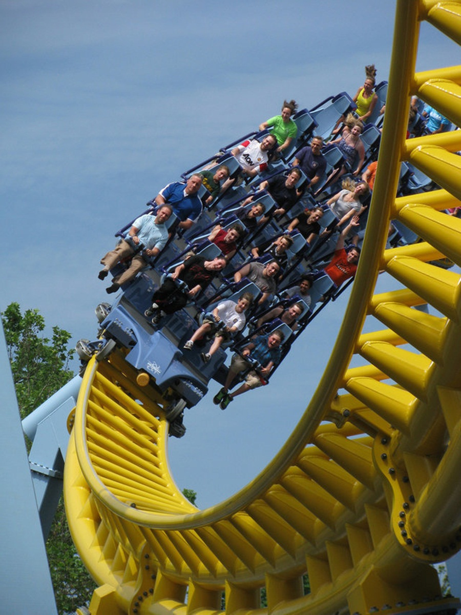 AD-Scariest-Roller-Coaster-Rides-In-The-World-17