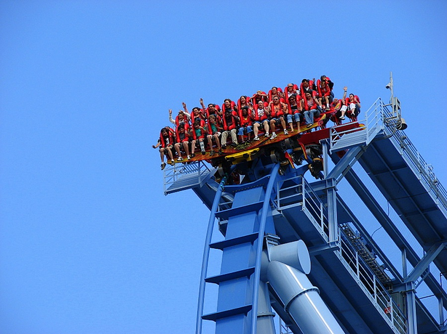 AD-Scariest-Roller-Coaster-Rides-In-The-World-23