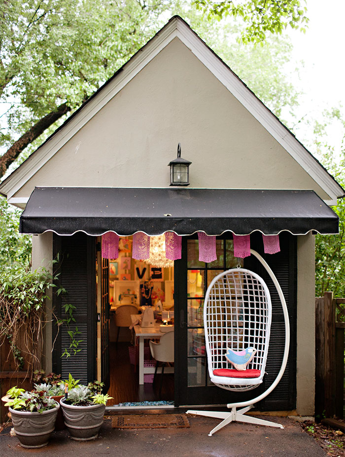 AD-She-Sheds-Garden-Man-Caves-22