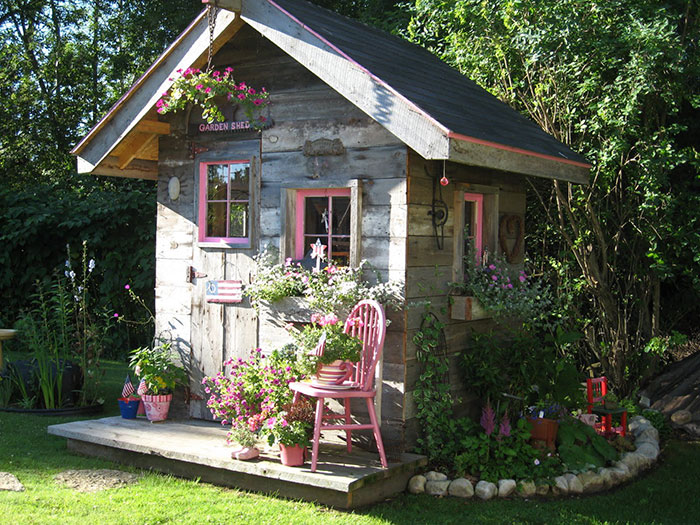 AD-She-Sheds-Garden-Man-Caves-43