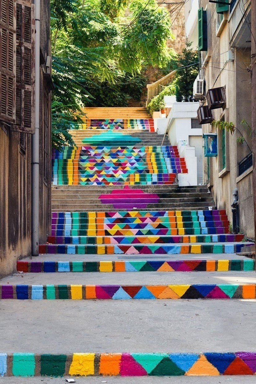 AD-The-World's-Most-Amazing-Staircases-27