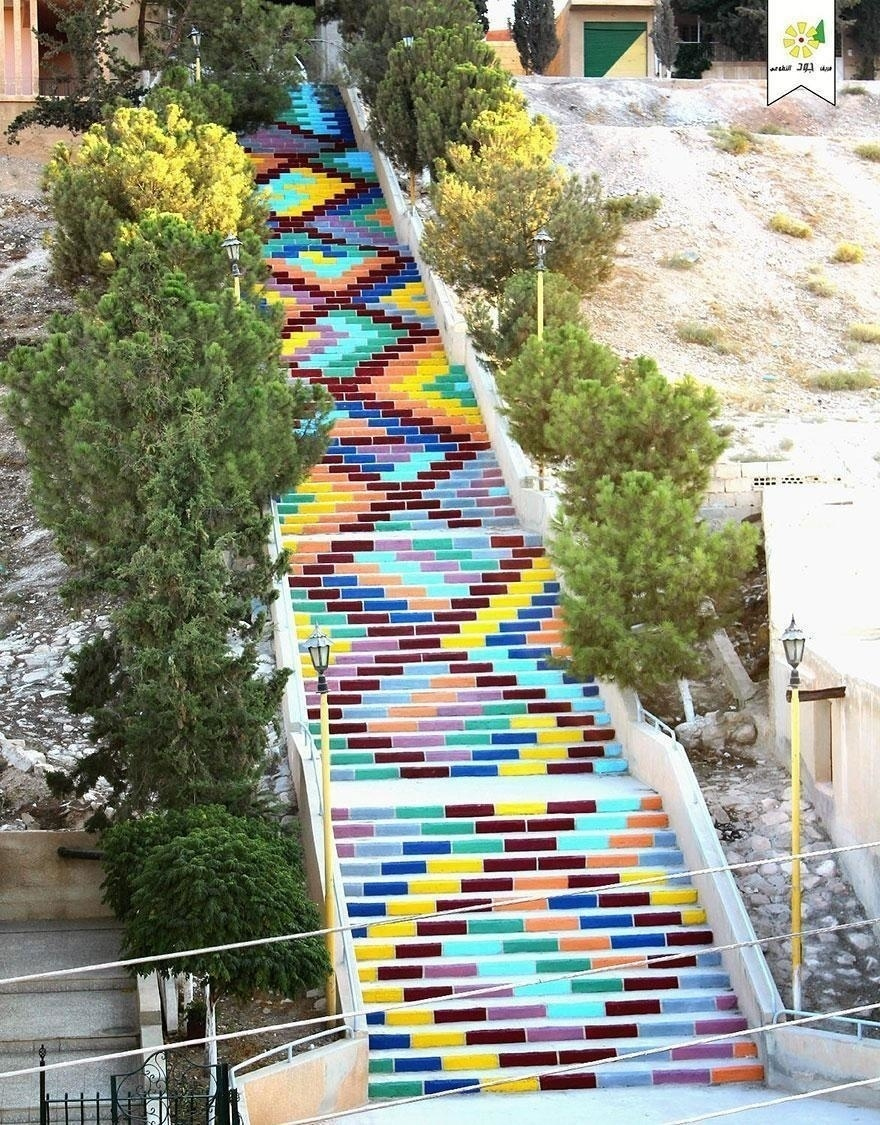 AD-The-World's-Most-Amazing-Staircases-32
