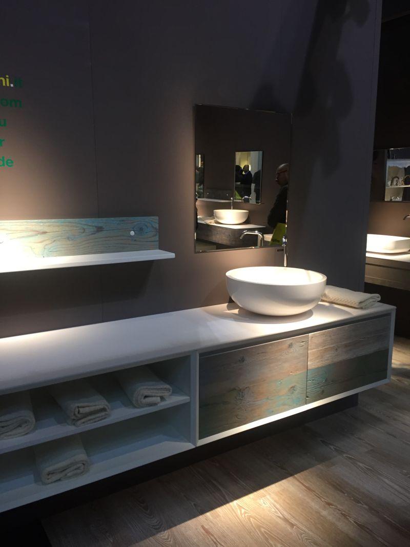 04-AD-Shelves-inside-vanity-bathroom