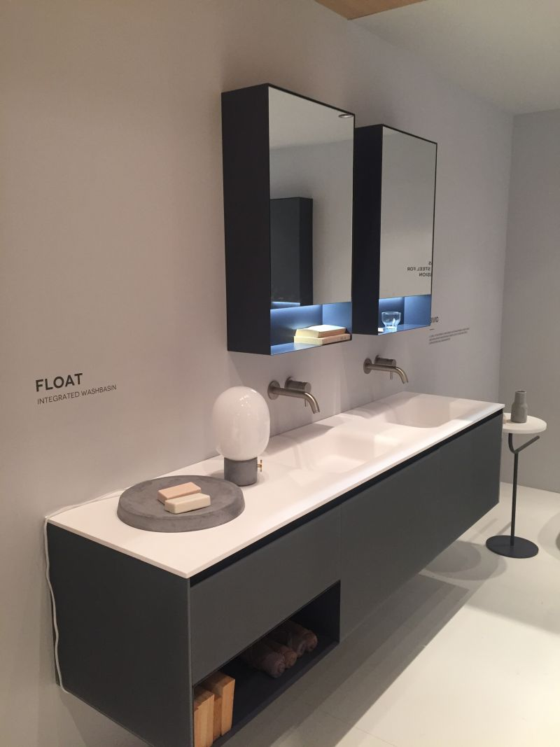 24-AD-Float-with-integrated-washbasin-and-storage-for-towels