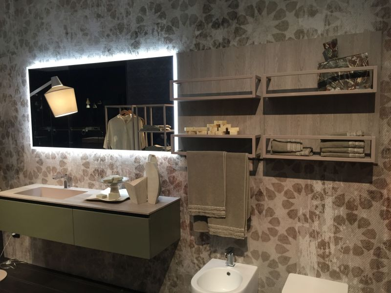 27-AD-Floating-bathroom-vanity-and-wire-wall-storage
