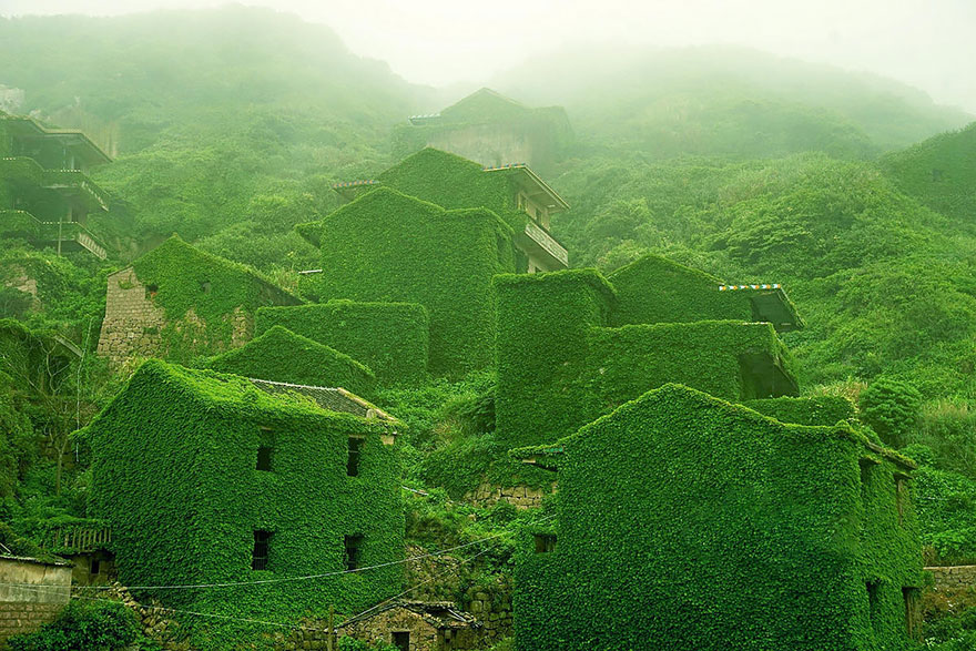 AD-Fairy-Tale-Villages-10