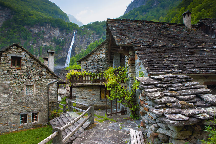 AD-Fairy-Tale-Villages-18